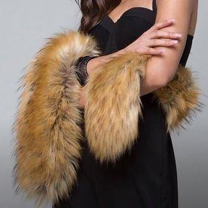 NWT - Bebe Fur Scarf